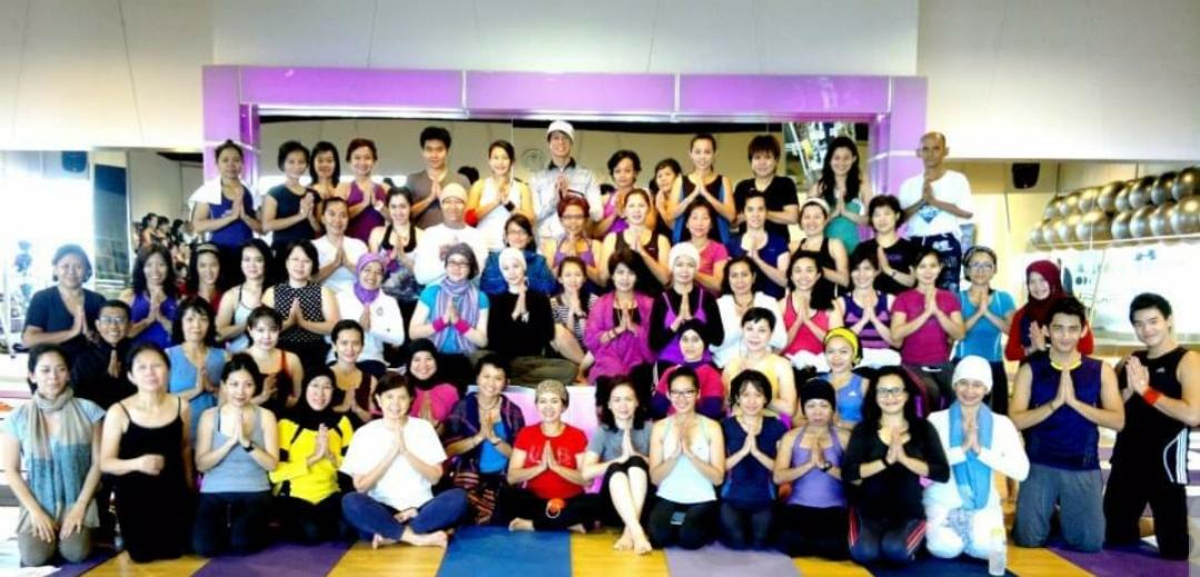 Workshop tentang Sufism Yoga, Oktober 2013, CelFit Gandaria City. Agar lebih familiar saya mengganti tema menjadi Heart Yoga atau Yoga Hati, karena memang itulah inti dari Yoga Sufi.